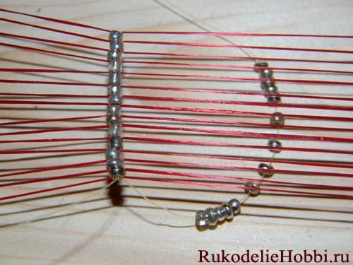 Подробная инструкция, как плести браслеты из бисера. самым простым приемом является обычное нанизывание бисера на...