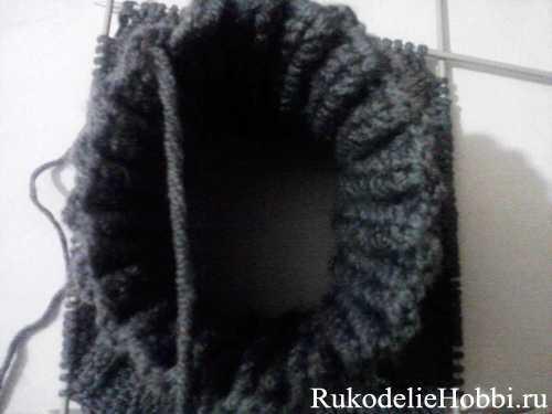 годика. крючок схемы. описание вязания манишки спицами для мужчин.
