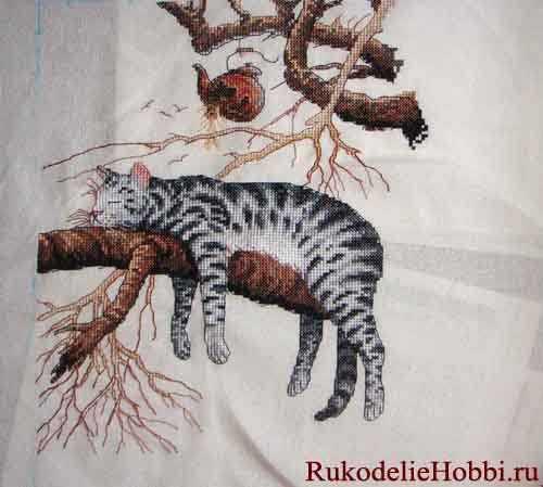 Вышивка бисером спящие коты 56